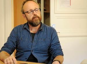 Foto: Jerry Brodin.Socialchefen Tomas Ahlin känner inte till någon orosanmälan, men säger att de agerar om barnen far illa.