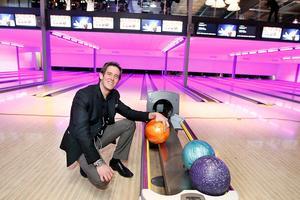 Oktober 2012: Bowlinghallen Strike Club med 16 banor öppnar.