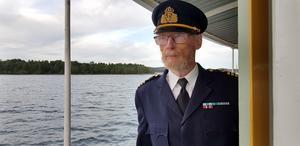 Kapten Björn Borg har kört ångfartyget Ejdern runt 15 gånger under sommaren.