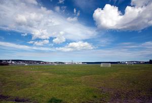 Ungdomsfältet är den perfekta platsen för en ny arena, menar skribenten. Bild: Jan Olby