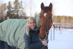 Bergqvist bor kvar i Östersund men har återgått till att tävla för Örnsköldsvik.