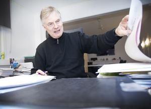 Tomas Roslund har på egen hand granskat Sandviken Energi. Foto: Lina Westman