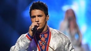 Jon Henrik Fjällgren slutade trea under Melodifestivalen 2017. Då uppträdde han tillsammans med Aninia och låten