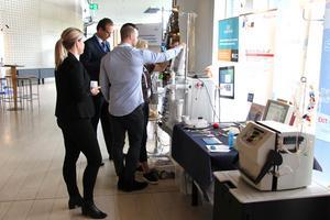 Nya tekniska landvinningar inom det njurmedicinska området väckte deltagarnas intresse på mötet i Gävle konserthus.
