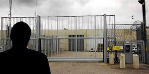 Salabon hade funderat i två månader över hur han skulle kunna bli utvisad från Sverige. Att begå brott och hamna i fängelse trodde han var lösningen.