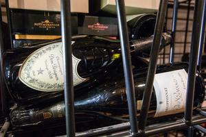 En elvaårig Dom Perignon är en av alla flaskor i vinkällaren.
