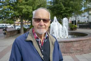"""""""Det brukar vara dåliga låtar men festen runt omkring är bra"""", säger Roger Meijer."""