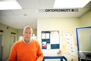 Roger Skogman, verksamhetschef på ortopeden på Falu lasarett, håller med om att det finns brister i vårdärendet som ivo har kritiserat.