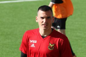Dino Islamovic gör comeback mot Örebro efter skadebesvären. Senast han spelade en match var mot Kalmar.