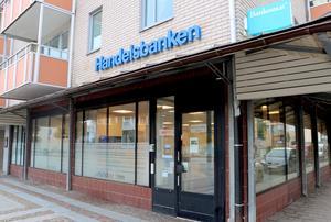 Handelsbankens kontor i Skara kan drabbas när man väljer att lägga ner kontor.