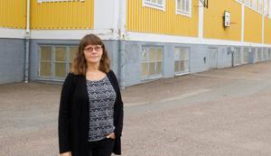 Marie-Ann Eklund, rektor på Markusskolan, säger att vägen utanför länge har varit ett orosmoment.