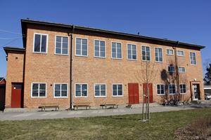 Den gamla gymnastikbyggnaden vid Karlaskolan i Kungsör kan komma att rivas.