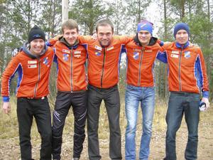 Rehns vassa löpare kan numera utmana de bästa lagen. Här är gänget som blev fyra i Smålandskavlen, från vänster: Jesper Lysell, Jonas Vytautas Gvyldis, Wojciech Dwojak, Vilius Aleliunas och Jerker Lysell.