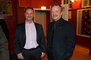 Ånge mobilkranars Stefan Gerling i samspråk med förra årets Årets företagare, Bosse Henriksson.