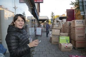 Helen Backlund startade 2014 en insamling av kläder till flyktingar från Syrien. 600 kartonger blev det.