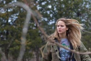 """En helvetes vinter. Jennifer Lawrence är rättvist Oscarsnominerad för sin huvudroll i iskalla dramat """"Winter's bone"""".Foto: Nonstop entertainment"""