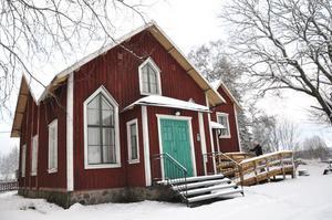 BYGDEGÅRD. Det gamla missionshuset från 1800-talet är i dag bygdens samlingsplats. Bygdeföreningen tog över huset i början av 2000-talet.