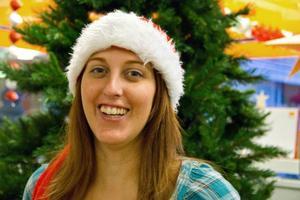 Linda Åsholm är butiksansvarig på Hobbyboden i Östersund. Ett jobb där det är fullt upp helst när julen nalkas.
