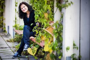 Om hennes debut säljer bra är Iréne Hynes redo att skriva en fortsättning - annars har hon andra bokprojekt att ta tag i.