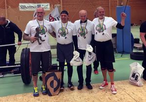 Stefan Åberg (till vänster) med sina motståndare.