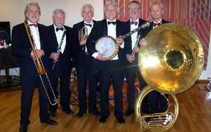 Jazzgrabbarna i Tuxedo gästar Hedemora och Teaterladan första helgen i september.FOTO: PRIVAT