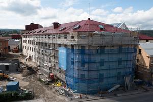 Byggnationen pågår för fullt i huset där nya kårhuset ska ta platts.