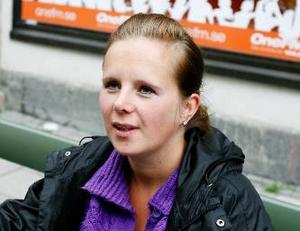 """Jessica Nilsson, Trondheim:– Jag bor i Norge och där går man in på nätbanken. Det finns """"Post i butikk"""" också, men det kostar pengar, via datorn är det gratis."""
