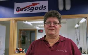 Skyddsombudet Harriet Wallin berättar om busschaufförer som har ont i magen när de ska köra vissa turer. Foto: Eva Högkvist