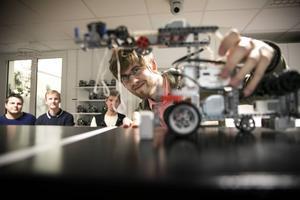 Full koncentration när Robotkampen avgjordes på Framtidsmuseet i Borlänge.