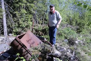 I de här korgarna av metall samlade Arvid Vestin och hans arbetskamrater för hand upp kvartsen som de brutit loss ur berget.