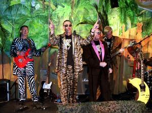 Electric Banana Band samarbetar med Sandvikens symfoniorkester.