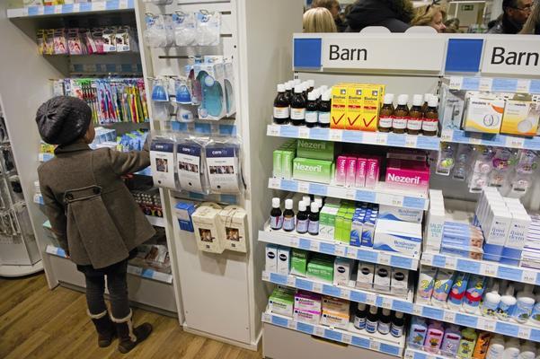 Avreglerade apotek. De nya apotekens utbud är begränsat, menar de tre landstingsråden.  Foto: Henrik Montgomery/Scanpix