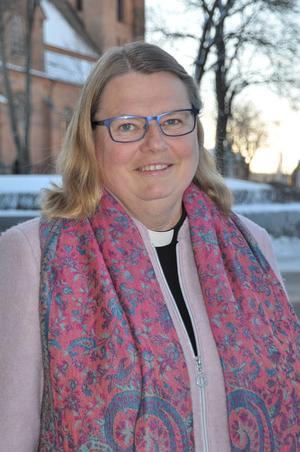 Ledarskap och utvecklingsfrågor är stimulerande anser Christina Eriksson, ny kyrkoherde i Falun.