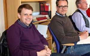 Nöjda näringslivschefer i Mora och Vansbro. Tv Niclas Larsson från Mora, som enligt Svenskt Näringslivs kommunranking är det företag i Dalarna som har bäst förtagsklimat. Oskar Lundgren är näringslivschef i Vansbro, som klättrat 45 platser sen förra året.