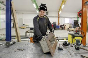 Kim Lundström är en av flera arbetare på WRT, som värvats från industriskolan i Sandviken.