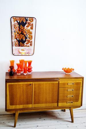 Orange är det nya svarta, åtminstone i sovrummet.
