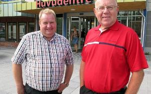 Mindre detaljstyrning i landstiget om moderaterna tar över. Det  lovar Jan Wiklund och Rolf Gunnarsson. FOTO: KRISTINA VAHLBERG