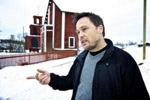 Johan Molin, vd för Falu Rödfärg, får nu 175 miljoner avsatta från Stora Enso för att klara löftet om renat vatten från Falu gruva