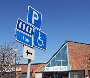 En timmes parkering för de vanliga parkeringsplatserna på Resecentrum och 24 timmar för handikapplatserna är vad som gäller, enligt Securitas.