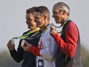Henrik Stenson, Justin Rose och Matt Kuchar med sina medaljer.