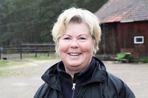 När Ing-Marie Persson slutade på Furuvik blev hon travtränare.    – Det är det som gäller nu, när jag inte är i Afrika och jobbar med schimpanser eller föreläser.