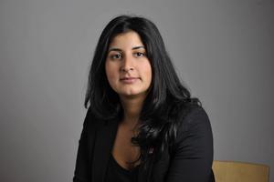 Roza Güclü Hedin (S).