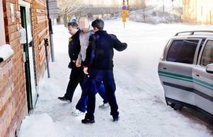 Rättegången i den så kallade basebollmisshandeln hölls i januari i år. Den handlade om att en man blev allvarligt misshandlat i en lägenhet i juli förra året. Den då 33-årige huvudmannen dömdes till fängelse för grov misshandel, övergrepp i rättssak mot mannen som misshandlats och anstiftan till övergrepp i rättssak mot en annan man med anledning av utsagor i ett polisförhör. Ytterligare en av de inblandade dömdes för övergrepp i rättssak.