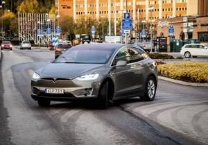 Tesla Model X 90D - vår testbil.