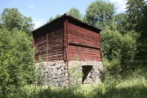 Landforsens hytta, Norberg, ingår i ett länsstyrelseprojekt som syftar till att lyfta ruinlandskap i Bergslagen. Här finns möjligheter för kommunen att delta.