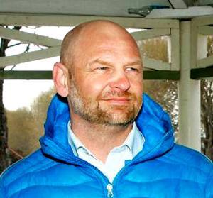 Anders Edvinsson            3 nytt kommunalråd (S) som kom före både Marie Nordén och Björn Sandahl när partiet hade sluten omröstning