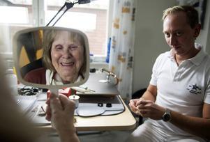Helnöjd. Cecilia Ejvinsson spanar in sig själv och vad Jan Liebermann åstadkommit.