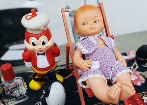Dockor och andra leksaker finns nästan alltid på Antik & Samlarmässan.