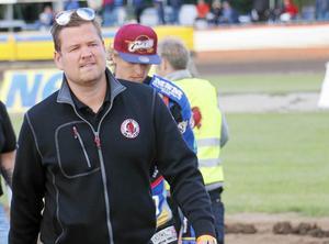 Peter Johansson, lagledare i Indianerna, har en del att fundera på.