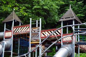 Den populära lekparken vid Tonhallen ska få en rejäl uppfräschning.